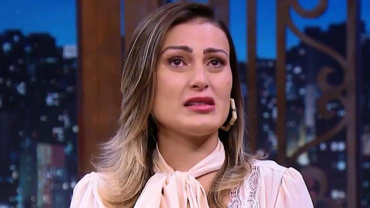 Andressa Urach Video Nua andressa urach tem a verdade sobre sua vida na igreja