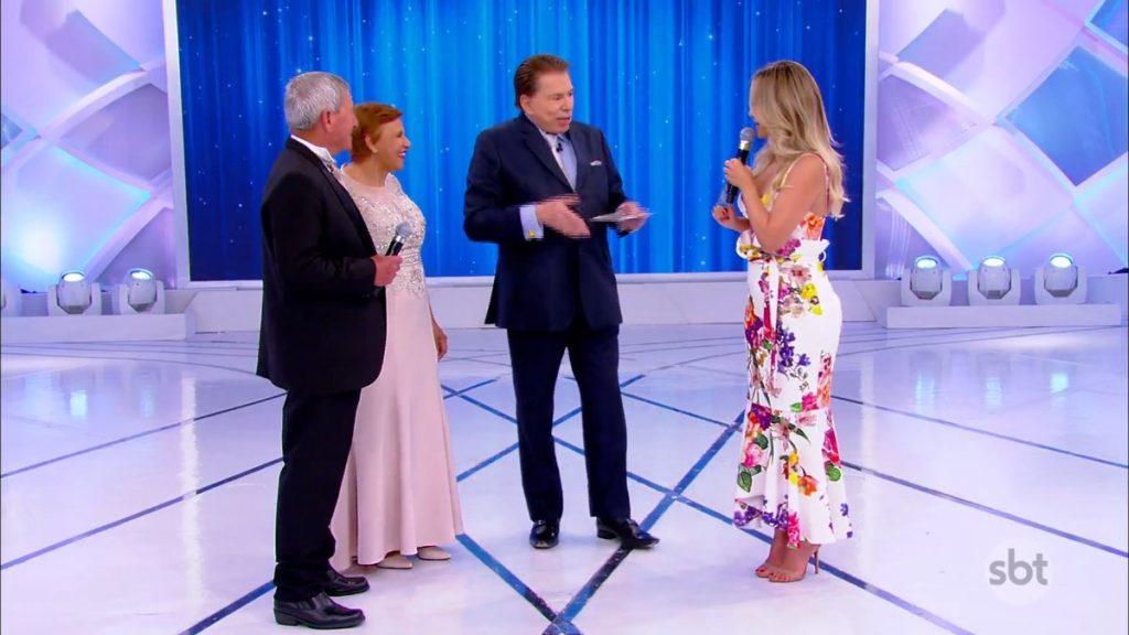Silvio Santos se encontrou com Eliana e casal (Foto: Reprodução/SBT)