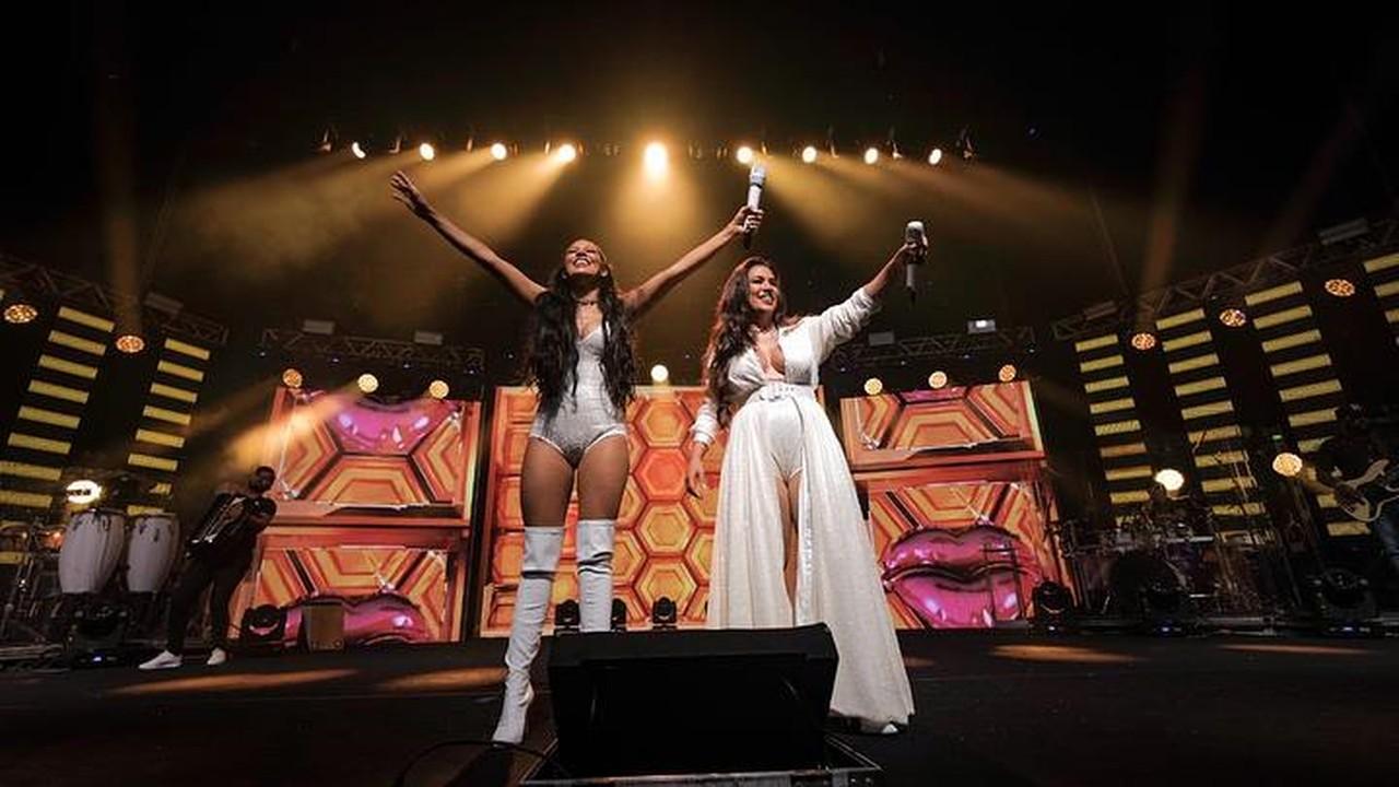 Simone & Simaria na gravação de show em São Paulo (Foto: Reprodução / Facebook Simone & Simaria)