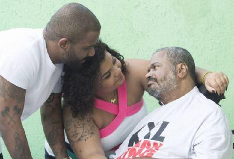 Arlindo Cruz e os filhos (Foto: Divulgação)