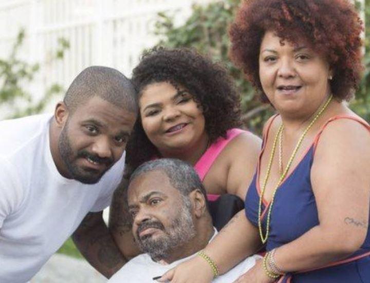 Arlindo Cruz e família (Foto: Divulgação)