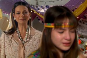Cena de Milena Toscano e Sophia Valverde em Aventuras de Poliana. (Foto: Reprodução)