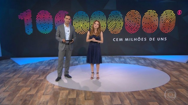 Globo anunciando os 100 milhões de uns telespectadores (Foto: Reprodução)