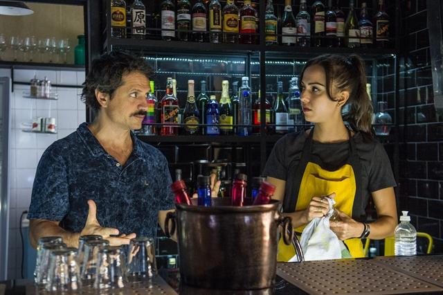 Paulo (Felipe Rocha) e Marli (Júlia Mendes) em cena de Malhação (Foto: Globo/Raquel Cunha)
