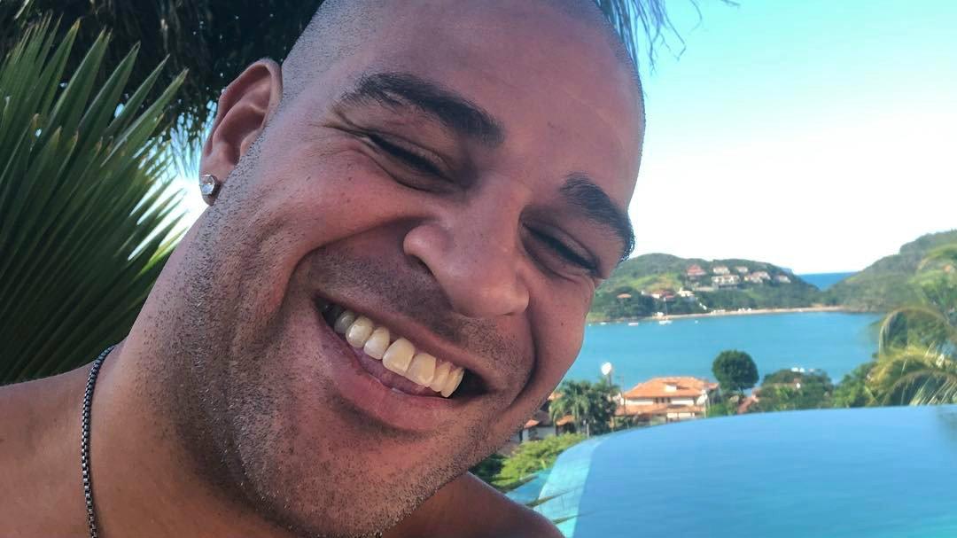 O ex-jogador Adriano Imperador terá sua história retratada nos cinemas (Foto: Reprodução)