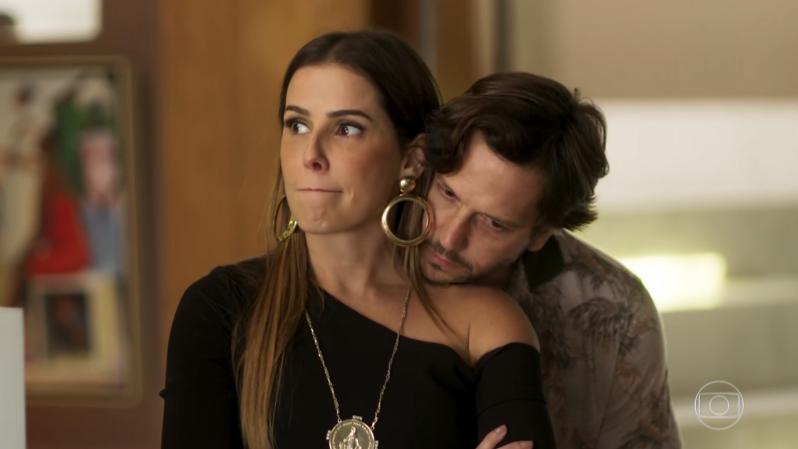 Karola (Deborah Secco) e Remy (Vladimir Brichta) em cena de Segundo Sol (Foto: Reprodução/Globo)