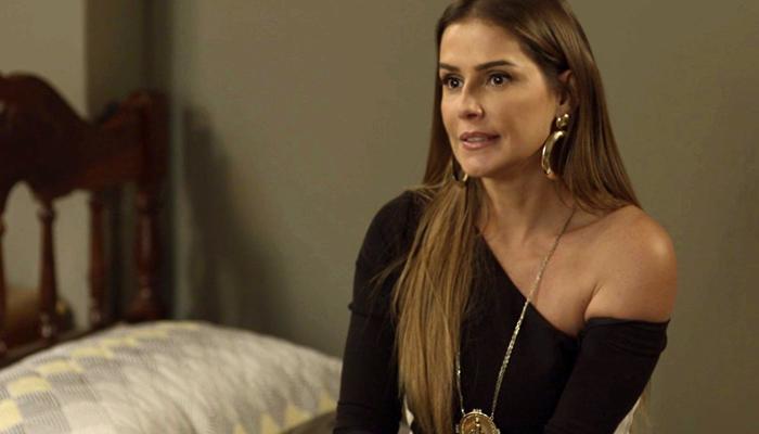 Karola (Deborah Secco) em cena de Segundo Sol (Foto: Divulgação/Globo)