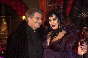Tarcisio Meira e Claudia Raia em O Beijo do Vampiro em 2002 na Globo
