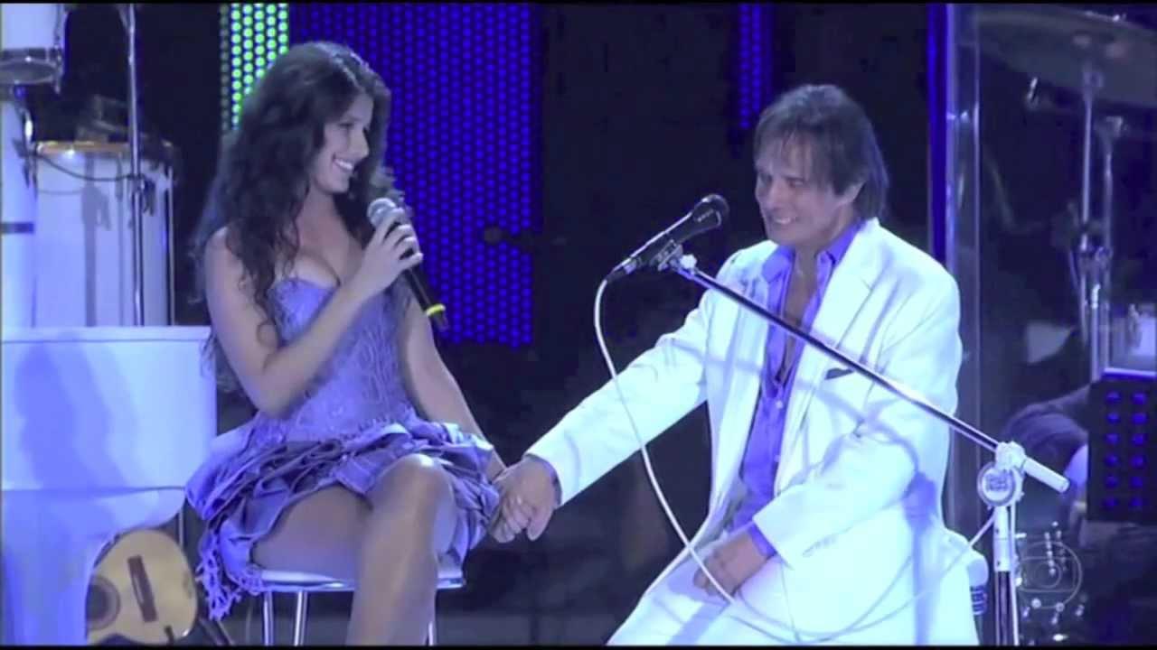 Roberto Carlos e Paula Fernandes (Foto: Reprodução)