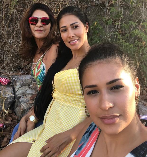 A dupla apareceu ao lado de Dona Mara (Foto: Reprodução/Instagram)