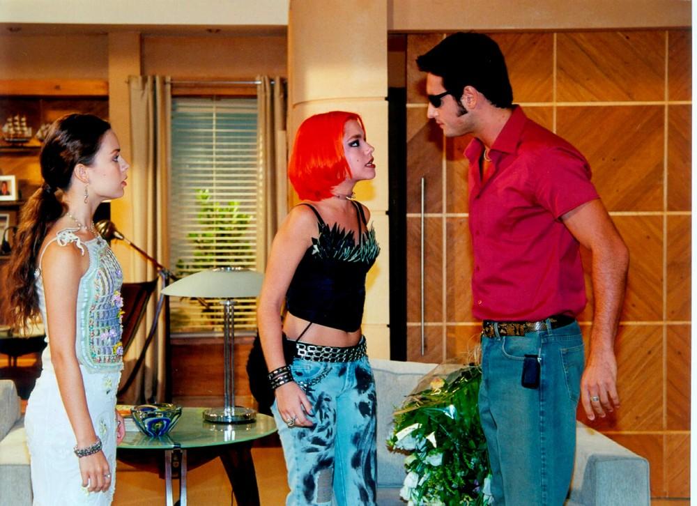 Thais em cena de 'Estrela Guia', exibida em 2001 (Foto: ACERVO/TV Globo)