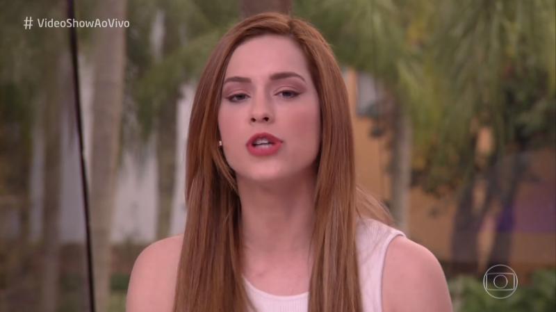 A apresentadora Sophia Abrahão no comando Vídeo Show (Foto: Reprodução/Globo)