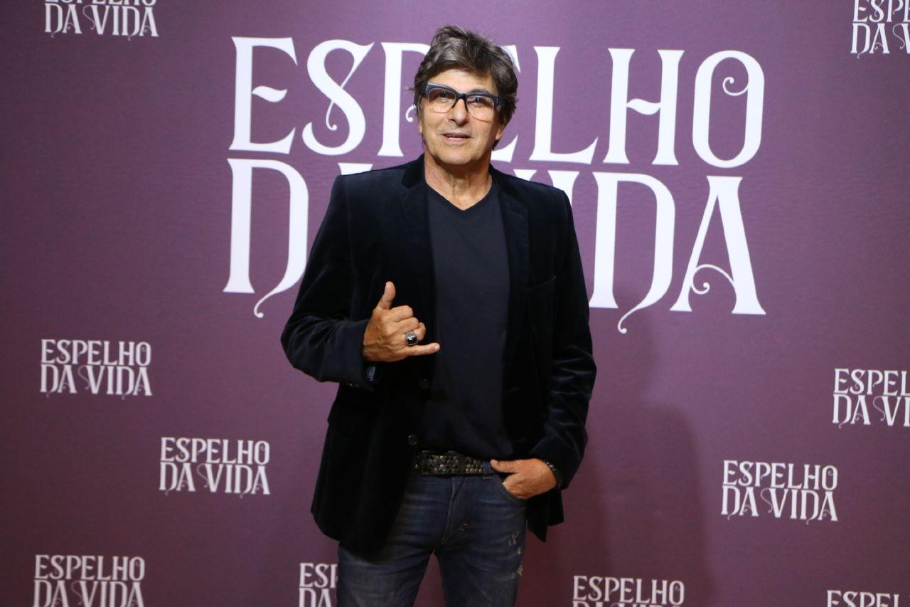 Evandro Mesquita em coletiva de imprensa da TV Globo (Foto: Divulgação / AgNews)