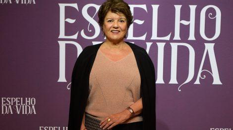 A autora Elizabeth Jhin no lançamento de Espelho da Vida (Foto: Globo/Cesar Alves)
