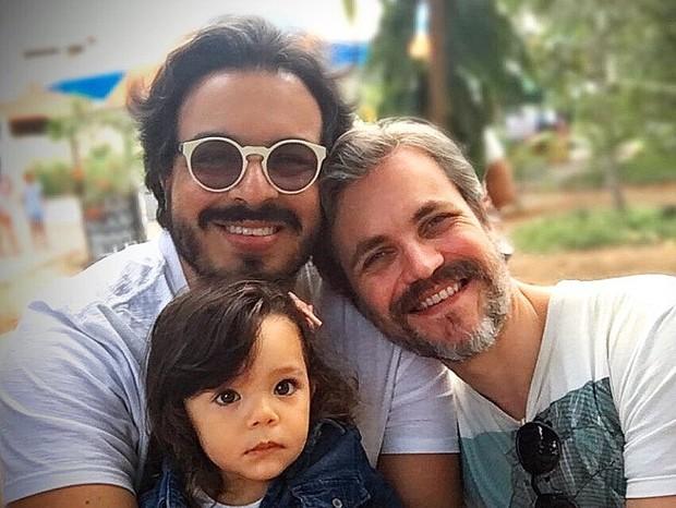 Luis Lobianco, o Clóvis de Segundo Sol, rebate comentários homofóbicos (Foto: Instagram/Reprodução)
