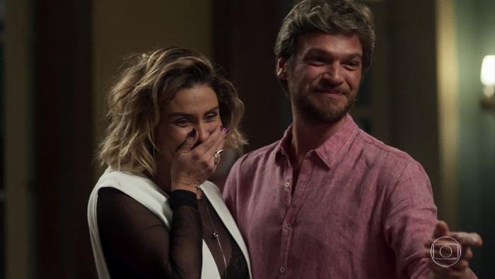 Luzia (Giovanna Antonelli) e Beto (Emilio Dantas) em cena de Segundo Sol (Foto: Reprodução/Globo)