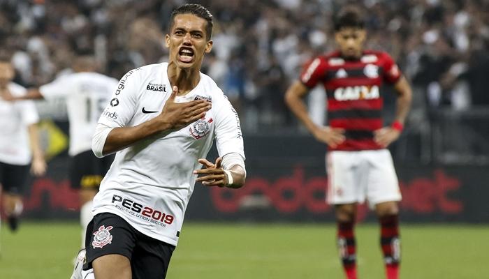 O atacante Pedrinho no jogo Corinthians x Flamengo pela semifinal da Copa do Brasil (Foto: Rodrigo Gazzanel/Agência Corinthians)