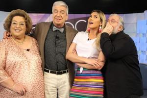 Mamma Bruschetta, Décio Piccinini, Lívia Andrade eLeão Lobo no Fofocalizando (Foto: Reprodução/Instagram)