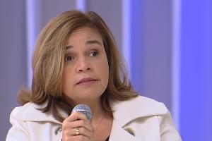 A atriz Cláudia Rodrigues em entrevista ao SuperPop (Foto: Reprodução/RedeTV)