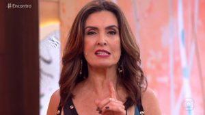 Fátima Bernardes no comando do Encontro; apresentadora admitiu restrição no visual quando estava no Jornal Nacional (Foto: Reprodução/Globo)
