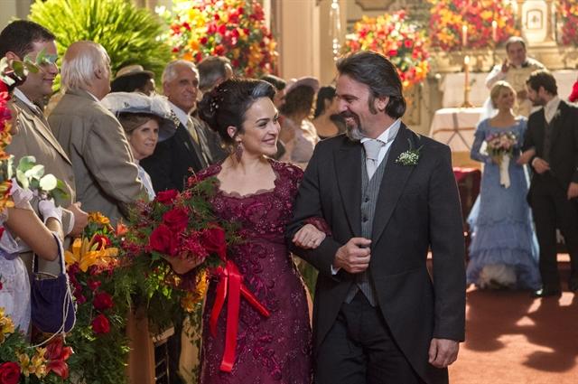 Julieta (Gabriela Duarte) e Aurélio (Marcelo Faria) em cena de Orgulho e Paixão (Foto: Globo/Estevam Avellar)