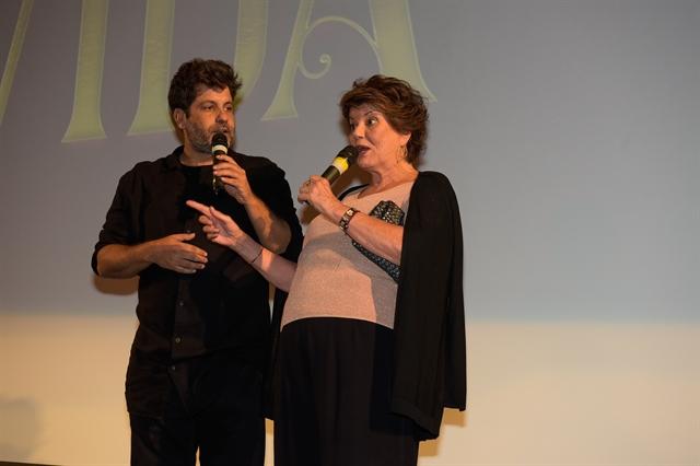 Pedro Vasconcelos e Elizabeth Jhin no lançamento de Espelho da Vida (Foto: Globo/Cesar Alves)