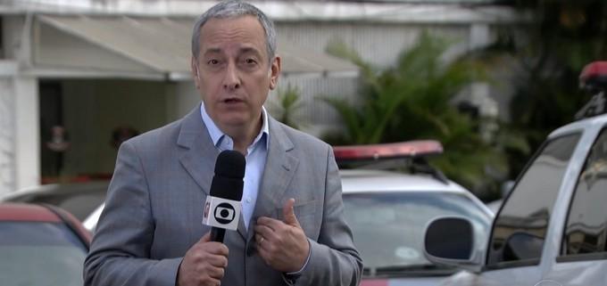O jornalista José Roberto Burnier em sua época de Jornal Nacional (Foto; Reprodução)