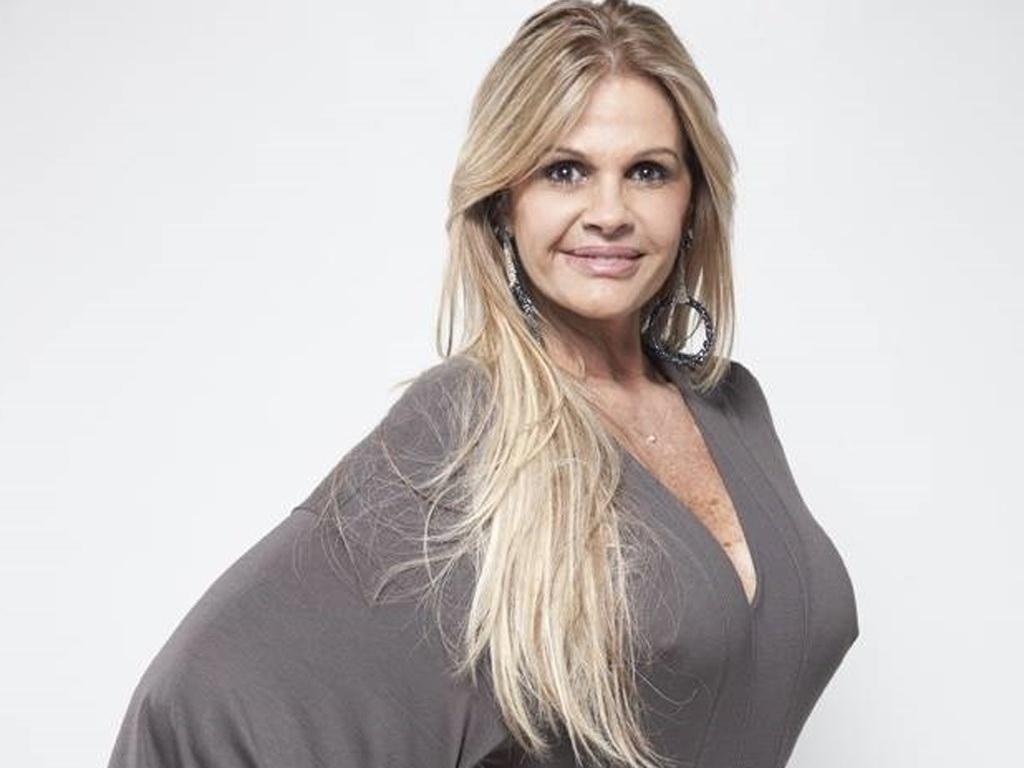 Monique Evans criticou Faustão, da Globo (Foto: Reprodução)