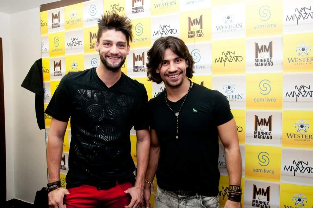 Munhoz e Mariano (Foto: Tiago Archanjo)