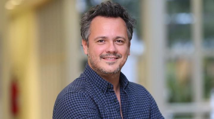 Danton Mello sofreu acidente durante reportagem do Globo Ecologia, há 20 anos. (Foto: Divulgação)