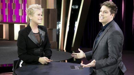 Xuxa Meneghel durante entrevista no Programa do Porchat (Foto: Marcus Godoy/Record)