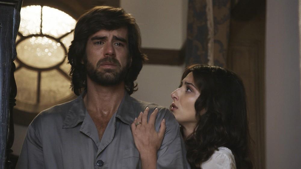 Marcos Pitombo e Anaju Dorigon em cena de Orgulho e Paixão (Foto: Reprodução/ Globo)