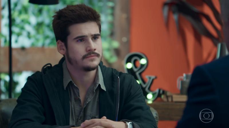 Samuca (Nicolas Prattes) em cena de O Tempo Não Para (Foto: Reprodução/Globo)