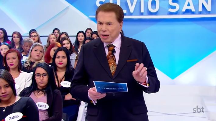 O apresentador Silvio Santos recebeu Maisa e Caio Castro. (Foto: Reprodução)