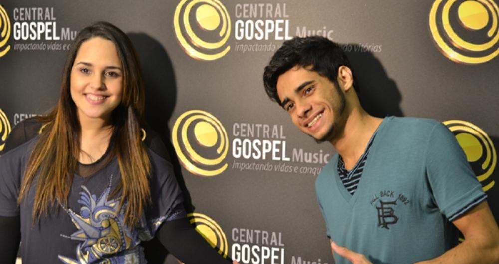 Perlla e o marido Cássio Castilhol (Foto: Reprodução)