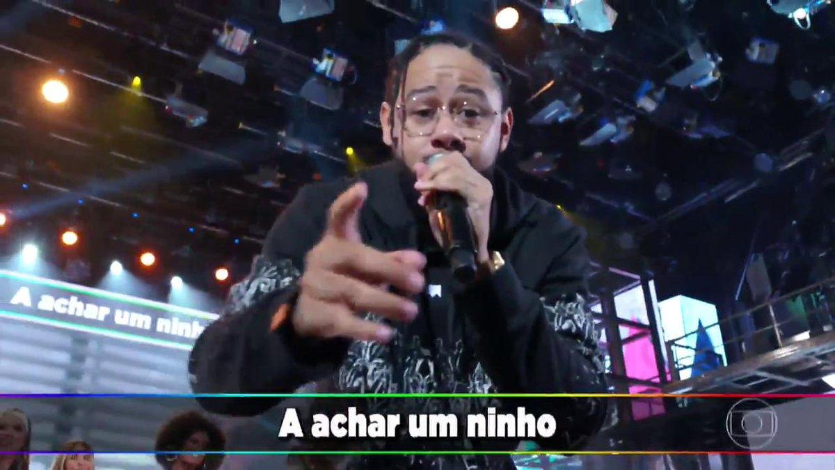 Emicida esteve no Domingão do Faustão (Foto: Reprodução/Globo)