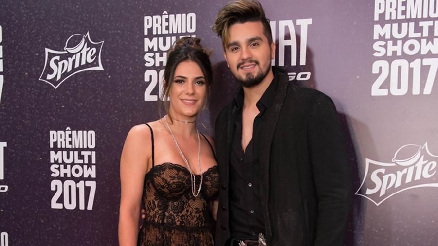 O cantor sertanejo Luan Santana e sua noiva, Jade Magalhães (Foto: Divulgação)