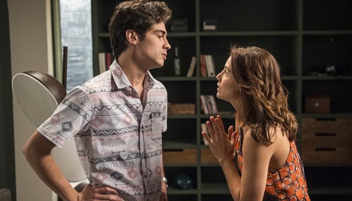 Valentim (Danilo Mesquita) e Rosa (Leticia Colin) em Segundo Sol (Foto: Globo/Estevam Avellar)