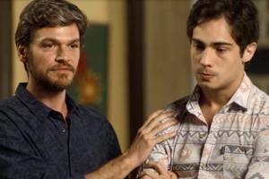 Beto (Emilio Dantas) eValentim (Danilo Mesquita) em Segundo Sol (Foto: Divulgação/Globo)