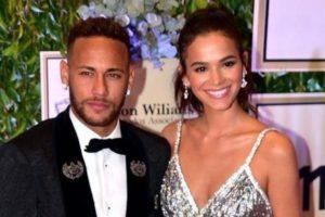 Neymar Jr. e Bruna Marquezine (Foto: Caras)