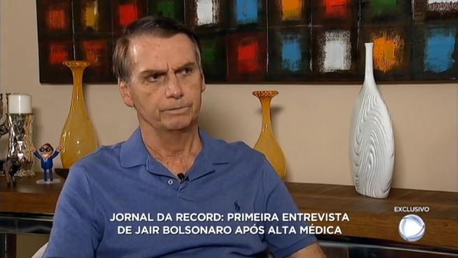 Jair Bolsonaro em entrevista ao Jornal da Record (Foto: Reprodução/Record)