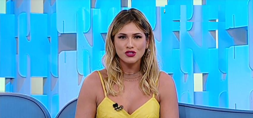 A apresentadora Lívia Andrade que comanda o Fofocalizando. (Foto: Reprodução/SBT)