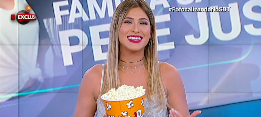 """Lívia Andrade é eleita a 4ª mulher mais sexy, desbanca Marina Ruy Barbosa e manda recado ao vivo: """"Chupa"""""""