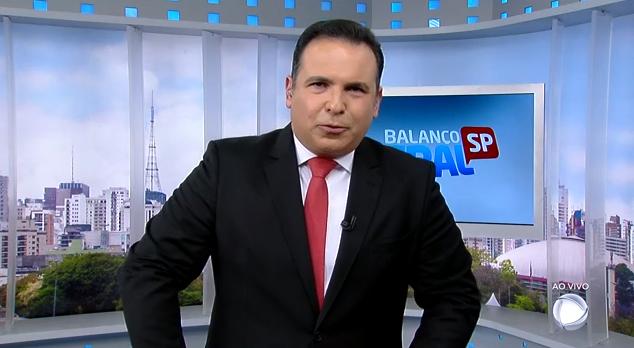 O apresentador Reinaldo Gottino no Balanço Geral SP (Foto: Reprodução/Record)