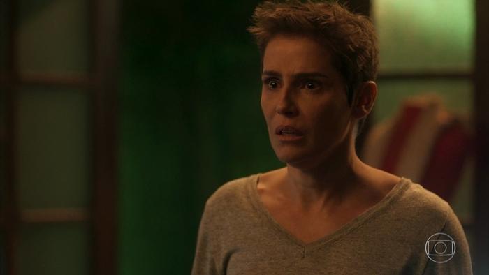 Deborah Secco Karola em cena de Segundo Sol (Foto: Reprodução/Globo)