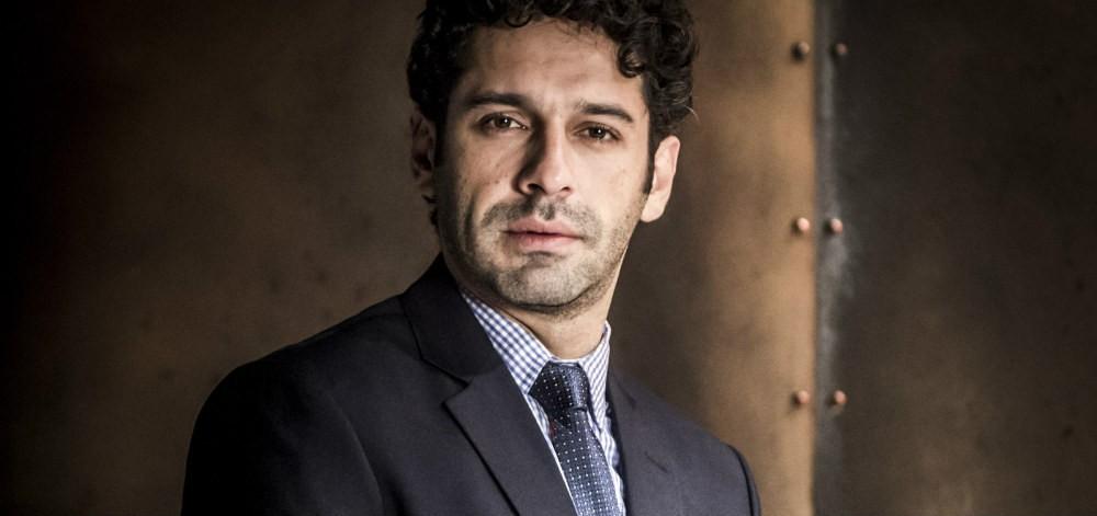 João Baldasserini fará Lúcio, irmão gêmeo de Emílio. (Foto: Reproduçã