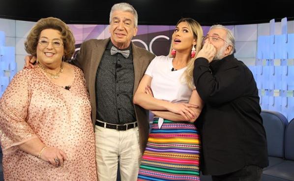 Mamma Bruschetta, Décio Piccinini, Lívia Andrade e Leão Lobo no Fofocalizando (Foto: Reprodução/Instagram)
