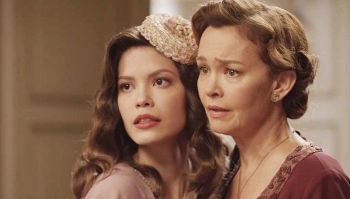 Cris(Vitória Strada) e Piedade(Julia Lemmertz) em Espelho da Vida (Foto: Divulgação/Globo)