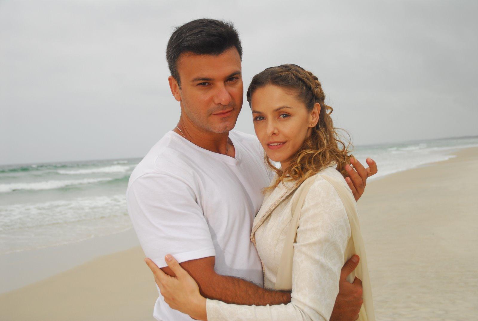 Leonardo Vieira e Bianca Rinaldi protagonizaram Os Mutantes (Foto: Divulgação/Record)