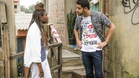 Talíssia (Luellem de Castro) discute com Marquinhos (Miguel Romulo) em Malhação (Foto: Globo/João Miguel Júnior)